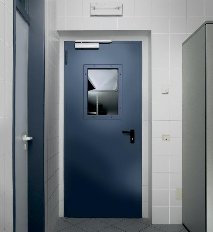 двери входные металлические со стеклом антипаника